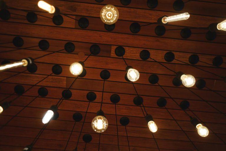 Co warto wiedzieć o profilach LED?